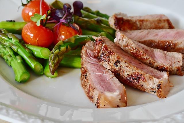 steak a chřest