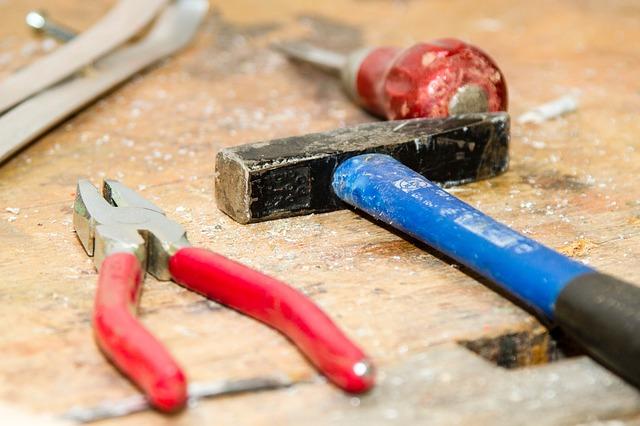 nástroje pro opravy