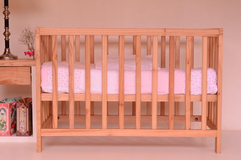 postýlka pro miminko